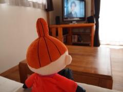 のんびりテレビを見るリトルミィ